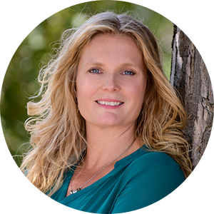 Dr. Tara Clapp, ND Headshot